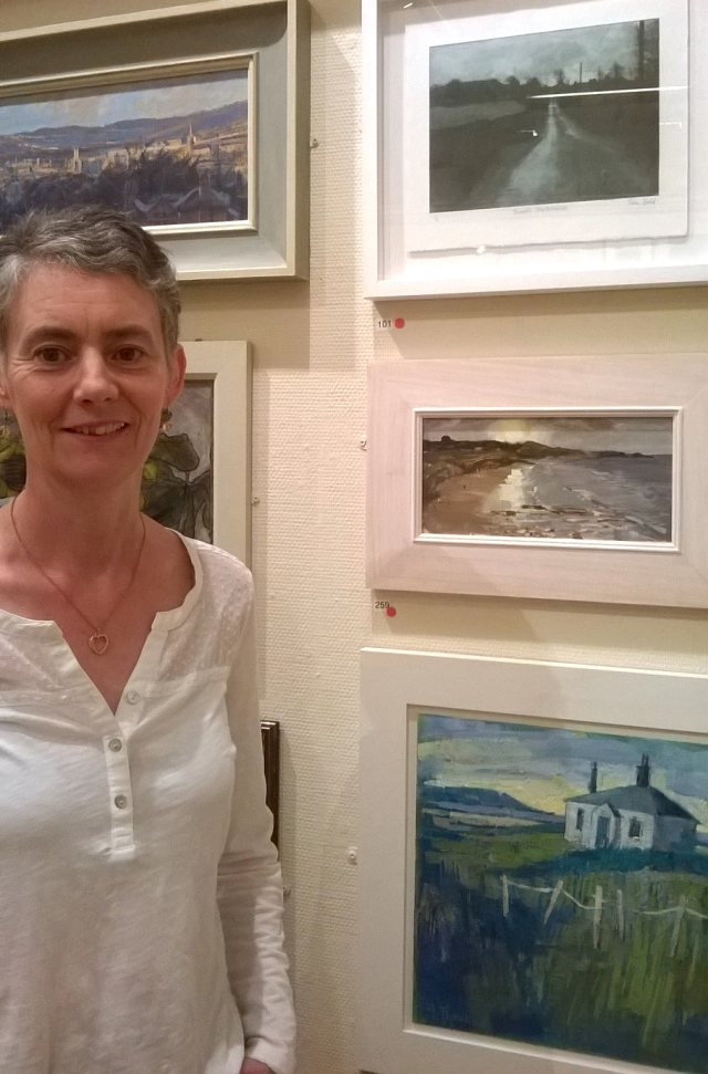 Tina at art exhibition